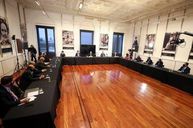 En medio de una fuerte expectativa, el ministro Martín Guzmán anunció las nuevas medidas