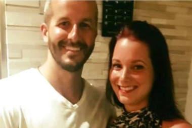 """Las fotos familiares parecen mostrar una familia -y un matrimonio- feliz. Nadie hubiera sospechado de lo que era capaz el luego llamado """"monstruo de Denver"""""""