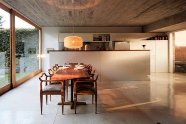 Espacios habitables. El juego entre interior y exterior, una clave en el diseño que Clusellas aplicó a su propia casa
