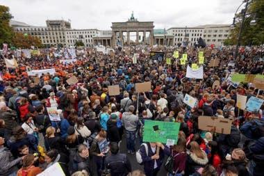 Marcha ecologista en Berlín. Hay una sensación de que está surgiendo un impulso global para mantener la promesa del Acuerdo de París
