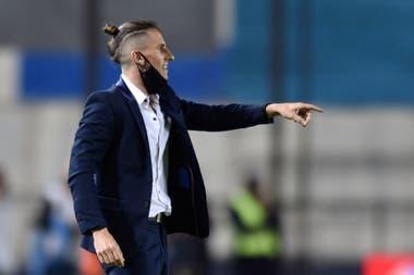 Sebastián Beccacece y breves pasos por las dos veredas de Avellaneda: no completó el 2019 en Independiente y, antes de que finalizara 2020, anunció que se marchaba de Racing