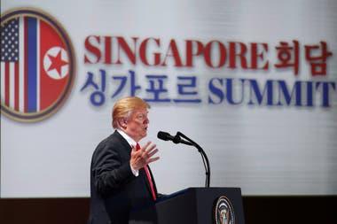 Tras la histórica cumbre entre el presidente de Estados Unidos, Donald Trump, y el líder de Corea del Norte Kim Jong-un, el estadounidense convocó a una conferencia de prensa