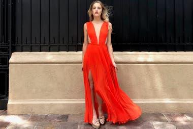 bf610c643 La tendencia low cost de pagar 80% menos por vestidos de lujo usados ...
