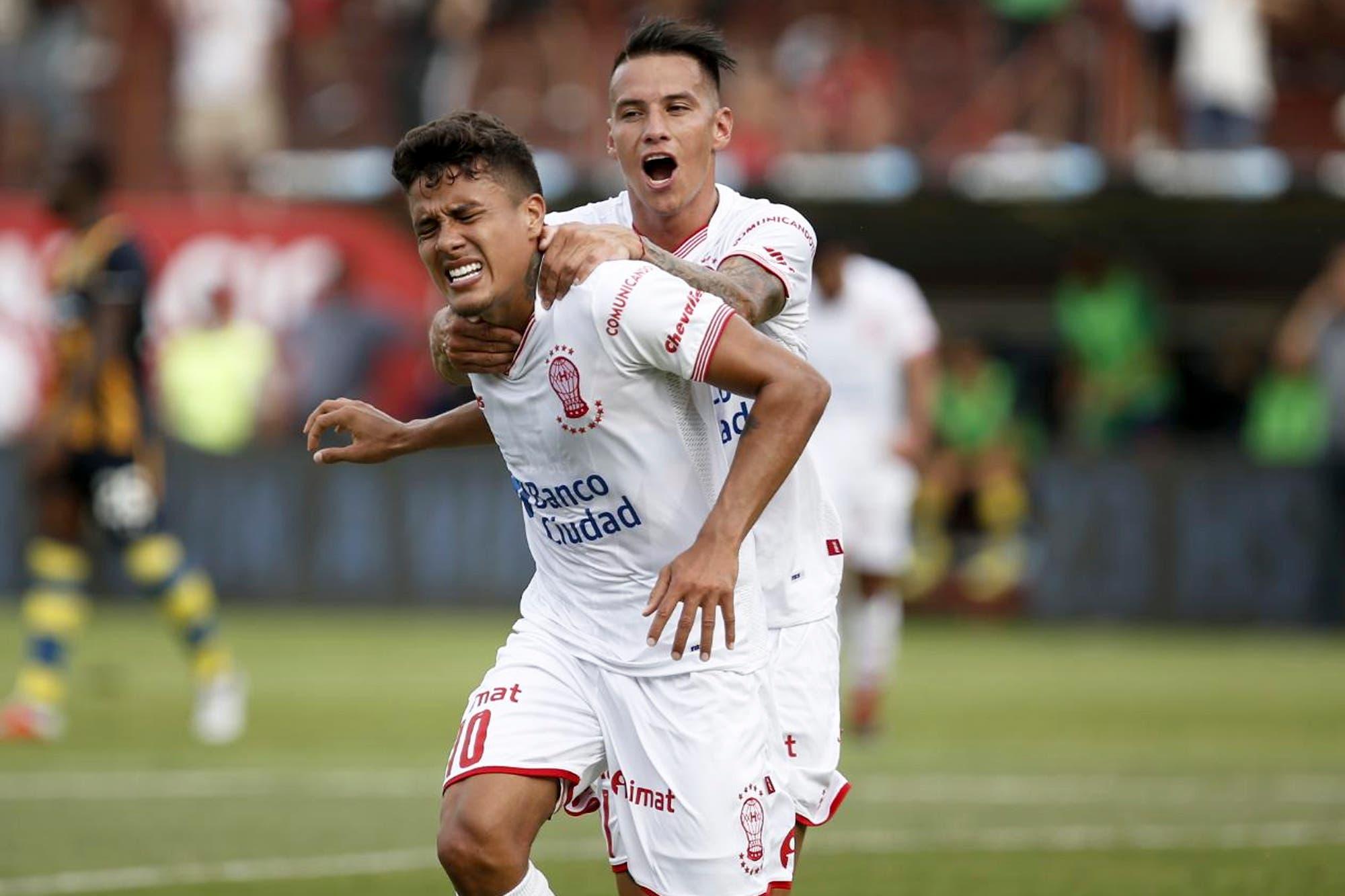 Las perlitas de Huracán-Rosario Central: un gol de un jugador lesionado, el festejo de Barrios con su hijo y la gresca del final