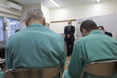 Algunas prisiones han tenido que modificar sus instalaciones para adaptarlas a la gente mayor