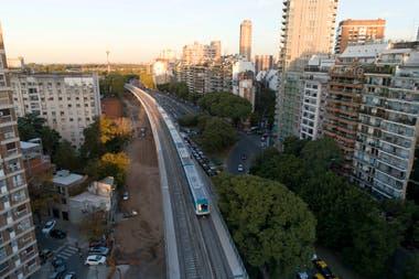 Las formaciones circularon sin pasajeros para probar las vías