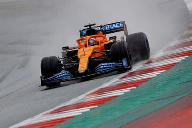 Formula One F1 - Steiermark Grand Prix - Red Bull Ring, Spielberg, Styria, Austria - 11 de julio de 2020 Carlos Sainz Jr. de McLaren gira durante la calificación, tras la reanudación de F1 después del brote de la enfermedad por coronavirus