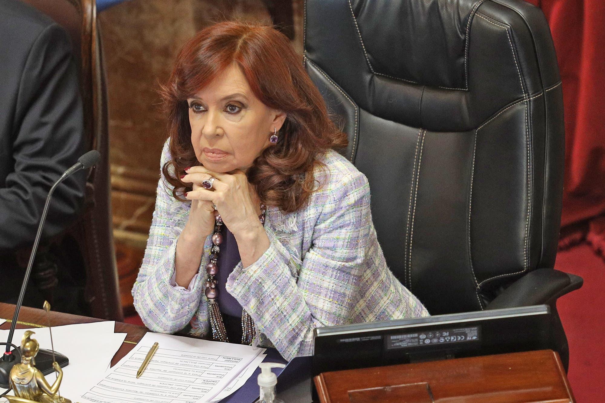 """Cristina Kirchner denunció un """"fake allanamiento"""" a Macri, pero la Justicia la desmintió"""