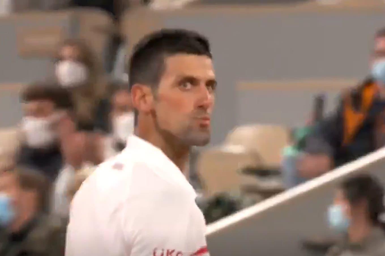 """El debut de Djokovic: el enojo con un hincha de Federer y la """"Gran Willy"""" del rival que aplaudió"""