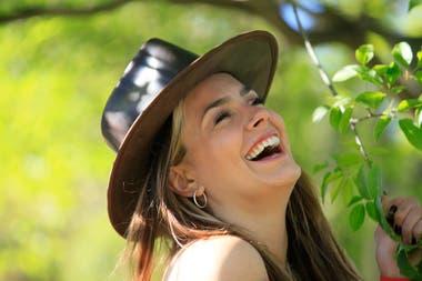 Volverá a la ficción con Pequeña Victoria, la tira de Telefe que será una serie de diez episodios y, en marzo, grabará la segunda temporada de Casi feliz