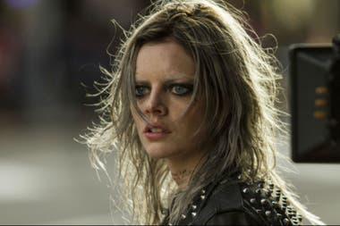 Samara Weaving interpreta a la peligrosa Nix