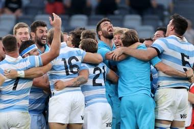 El festejo argentino luego del histórico triunfo ante los All Blacks.