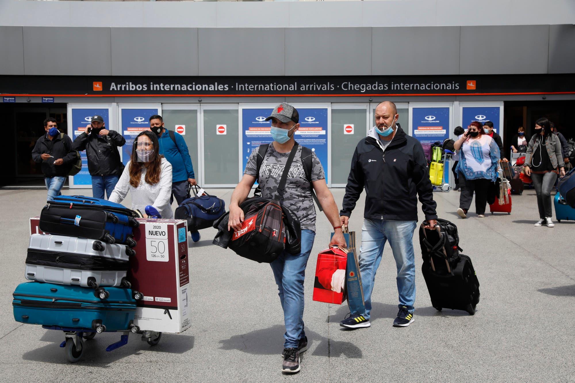 Alerta por el Covid: cerrarán la frontera con el Reino Unido por la nueva cepa y el rebrote de coronavirus