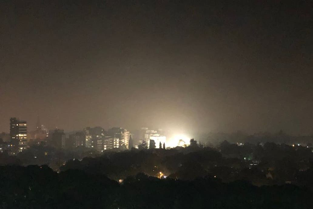 El humo tapó la ciudad porteña y sus alrededores por un incendio de pastizales