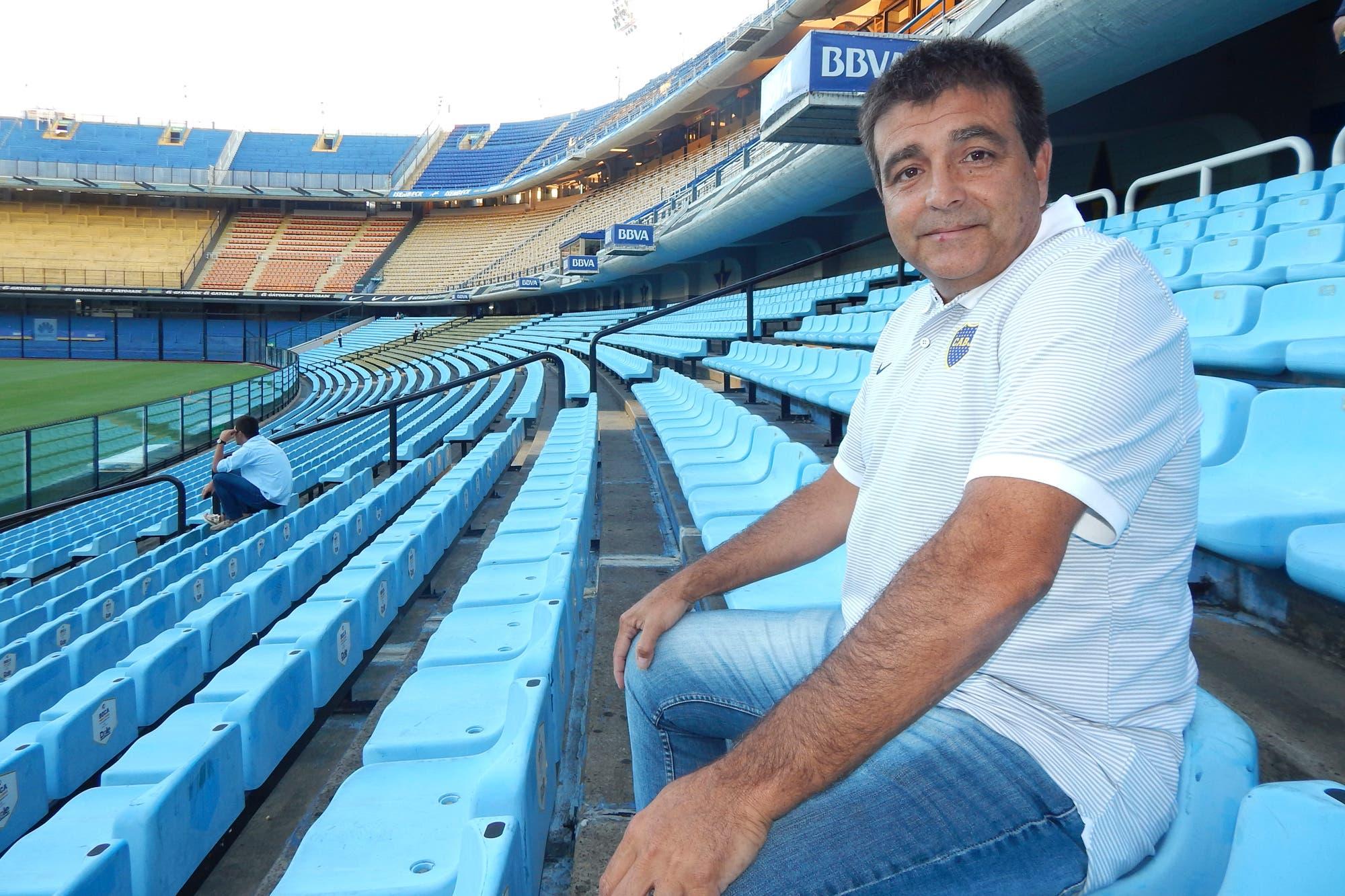 Boca se quedó sin coordinador de inferiores: Burdisso despidió a Claudio Vivas