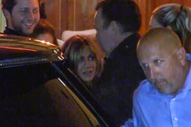 Jennifer Aniston al llegar a su cumpleaños en el hotel Sunset Tower de Los Ángeles