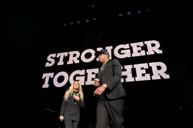 Together we are stronger: Beyoncé and Jay-Z in the scene