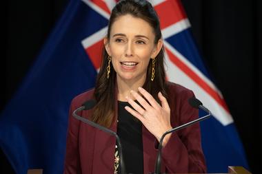 """Sinead Boucher sobre la primera ministra Jacinda Ardem: """"Como la mayoría de los neozelandeses, describiría su liderazgo como verdaderamente sobresaliente"""""""