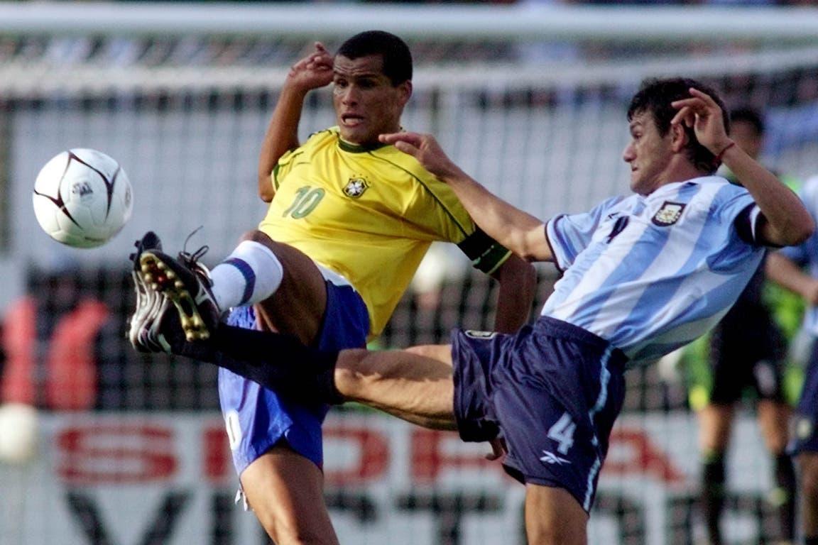 Rivaldo (4 de septiembre de 1999): el año que ganó el Balón de Oro jugó contra la selección de Bielsa (ganó la Argentina 2-0); un partido recordado por la vuelta de Fernando Redondo con la celeste y blanca tras la pelea con Passarella