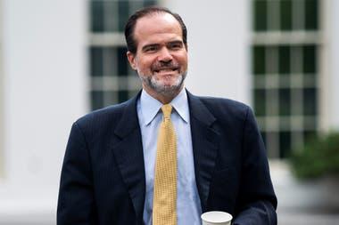 Mauricio Claver-Carone se convirtió en el primer presidente del organismo de EE.UU.