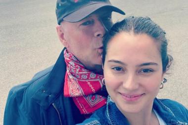 Bruce Willis junto a su esposa, Emma Heming