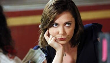 Rachel Bloom es la complicada Rebecca en Crazy Ex Girlfriend
