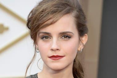 La Actriz Allison Mack Había Intentado Cooptar A Emma Watson Para Su