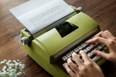 El diseño original de la máquina de escribir sigue vigente 150 años después de su creación
