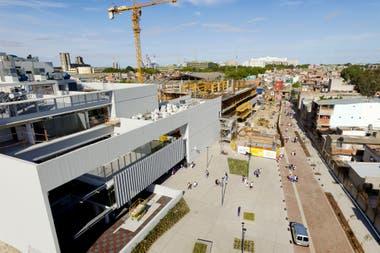 Al lado del edificio de la Escuela María Elena Walsh estará la nueva sede del Ministerio de Educación de la Ciudad