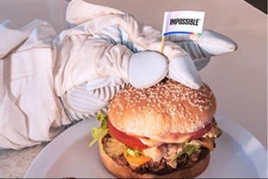 Otro producto. Así como está en desarrollo la carne artificial, en Estados Unidos ya se comercializa la hamburguesa vegana con proteínas vegetales