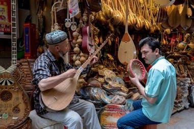 En la zona, habitan los uigures, de religión musulmana y lengua de origen túrquico