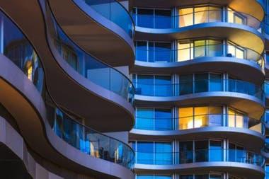 El riesgo de la burbuja inmobiliaria está disminuyendo en Londres, aunque sigue siendo una de las ciudades más caras del mundo en el sector inmobiliario