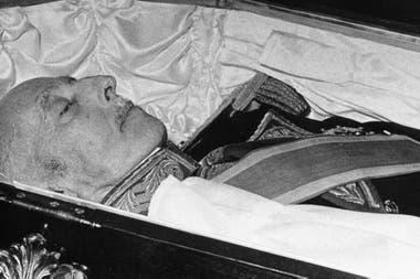 Franco, que impuso una dictadura tras ganar la Guerra Civil de seis años, escribió el documento casi ocho años antes de morir