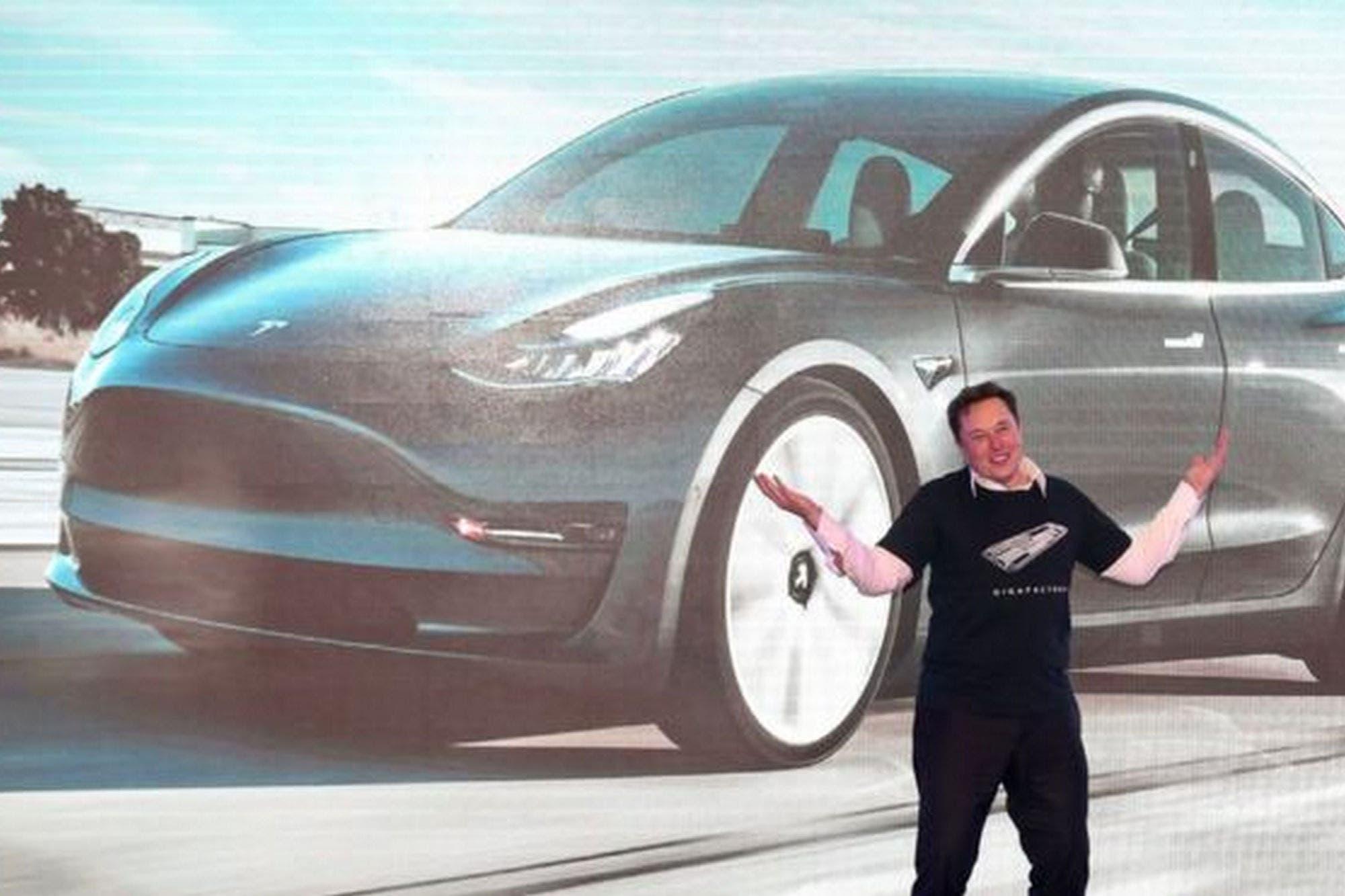 Cómo Tesla logró convertirse en la segunda empresa automotriz del mundo
