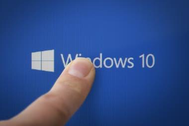 Windows 10 versin 2004 es la nueva actualizacin del sistema operativo de Microsoft para computadoras personales una edicin graits disponible en Windows Update que suma nuevas funciones y prestaciones