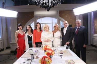 Los invitados a la mesa de Mirtha Legrand en la que se suscitó el duro cruce