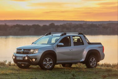 Renault Duster Oroch 4WD