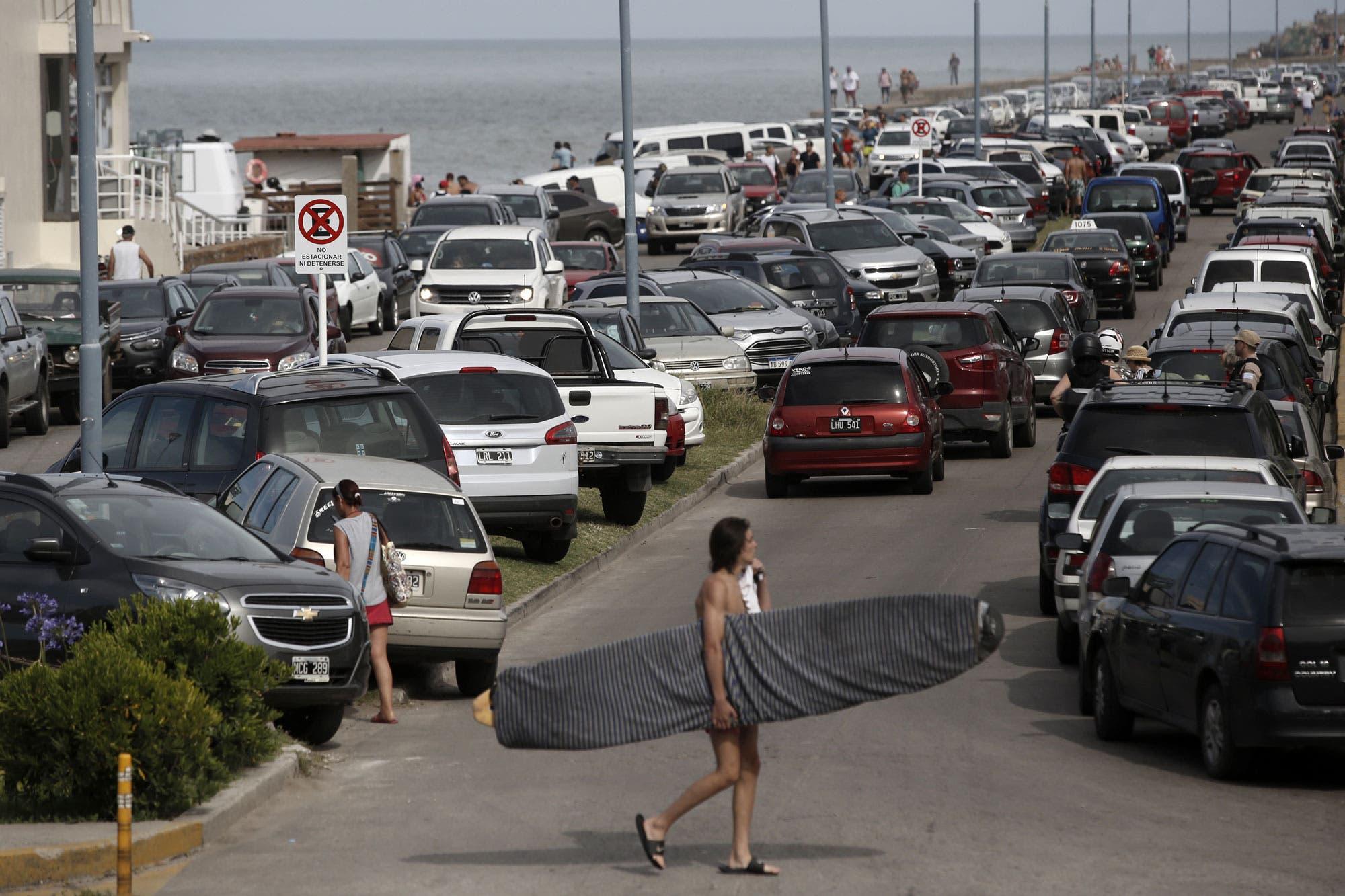 Mar del Plata: una huelga de municipales paraliza la ciudad en el inicio de la temporada