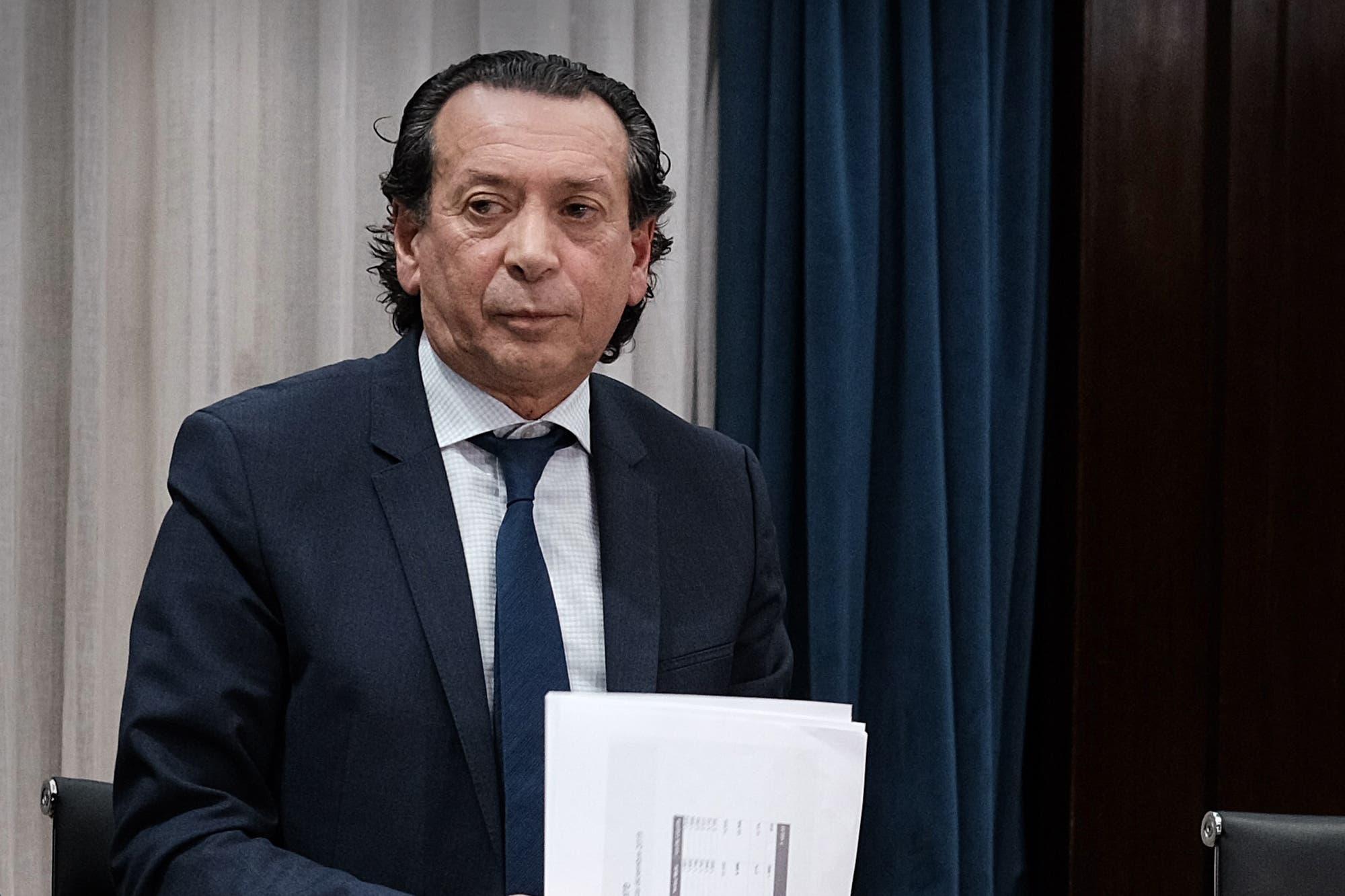 """""""El candidato Fernández proponía eliminar el IVA a los alimentos, ahora parece haber cambiado de idea"""", respondió Dante Sica"""