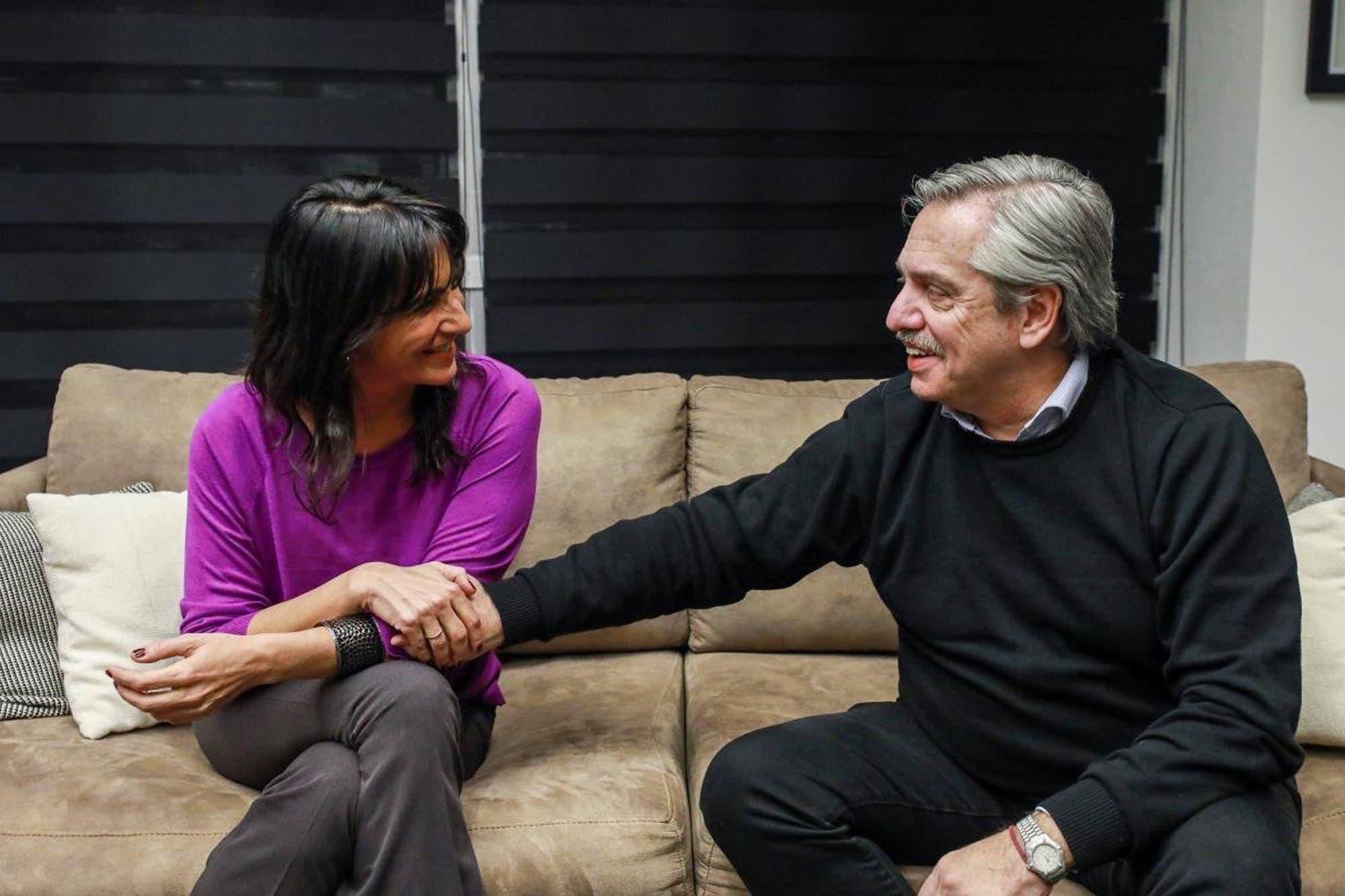 Fernández planifica su gabinete y redirige su campaña para sumar
