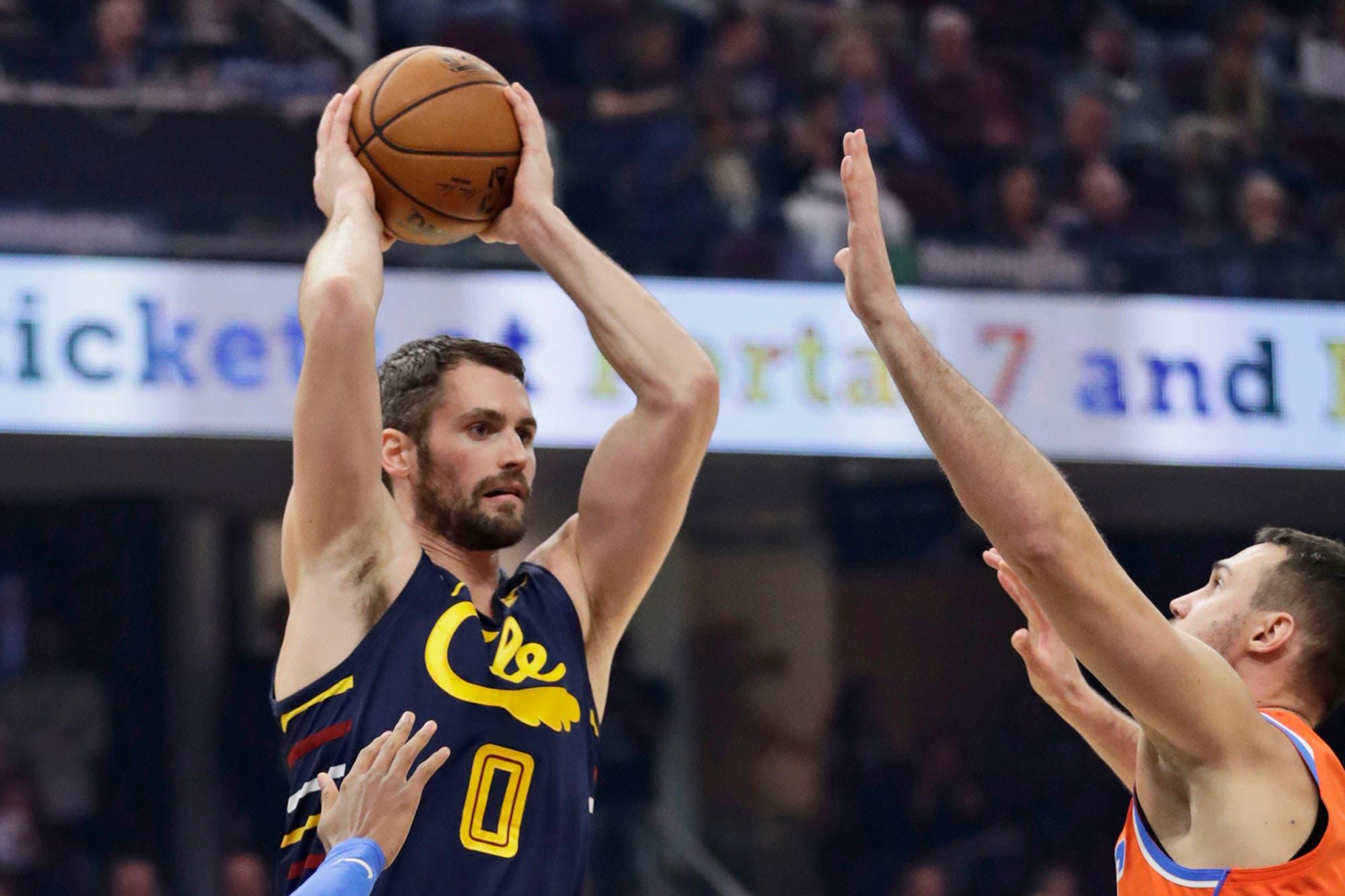 No corre, le pasa mal la pelota a sus compañeros, el acto de indisciplina de una estrella que impacta en la NBA