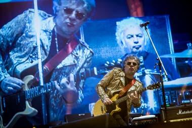 Ya sobre la madrugada del lunes, los Ratones Paranoicos cerraron el escenario norte de la segunda y última jornada del Cosquín 2020, justo cuando se cumplían 25 años de aquel histórico show como teloneros de los Rolling Stones en River