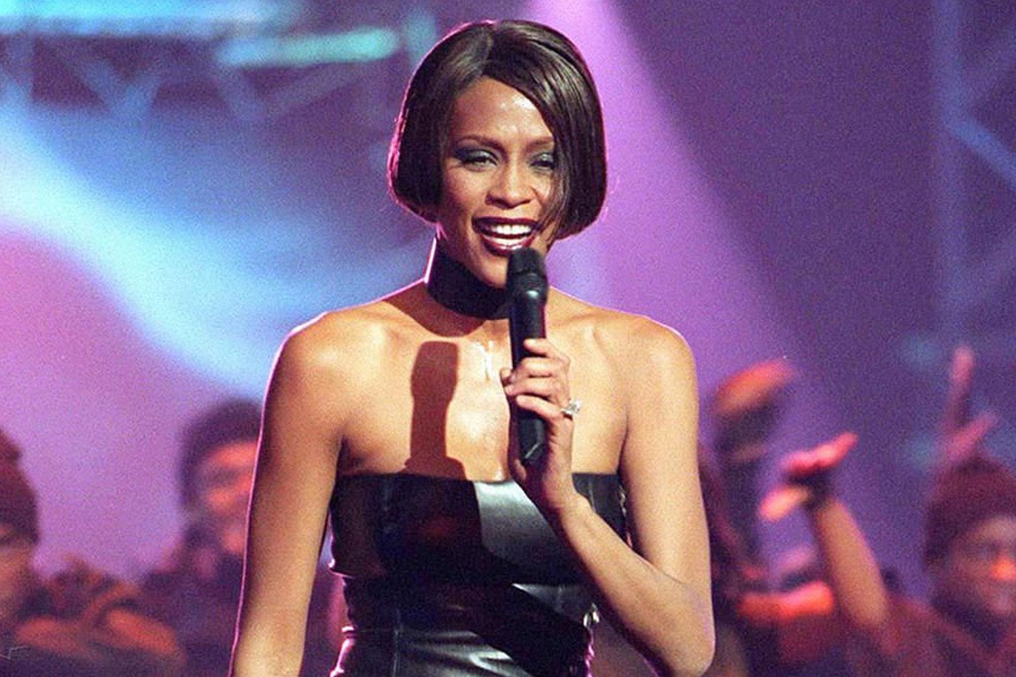 """Whitney Houston: el día que el mundo se dio cuenta de que """"la voz"""" estaba en peligro"""