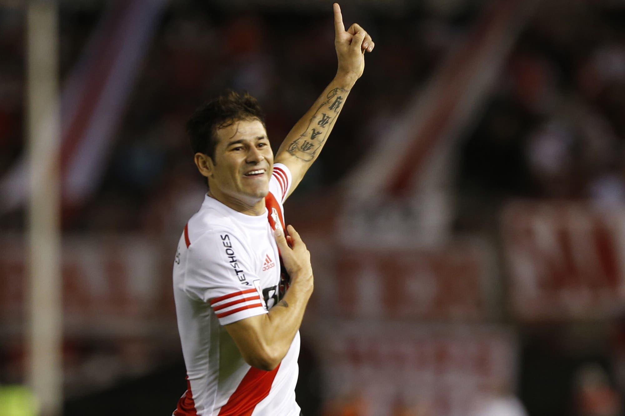 Lo mejor de Rodrigo Mora: sus goles más destacados en River y los cachetazos a Boca