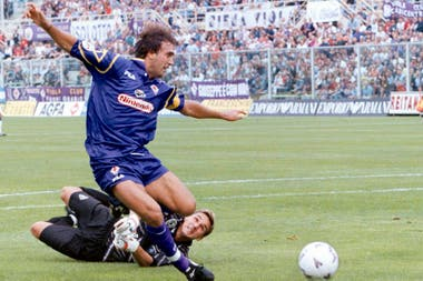 En 1997, goleador con la Fiorentina.