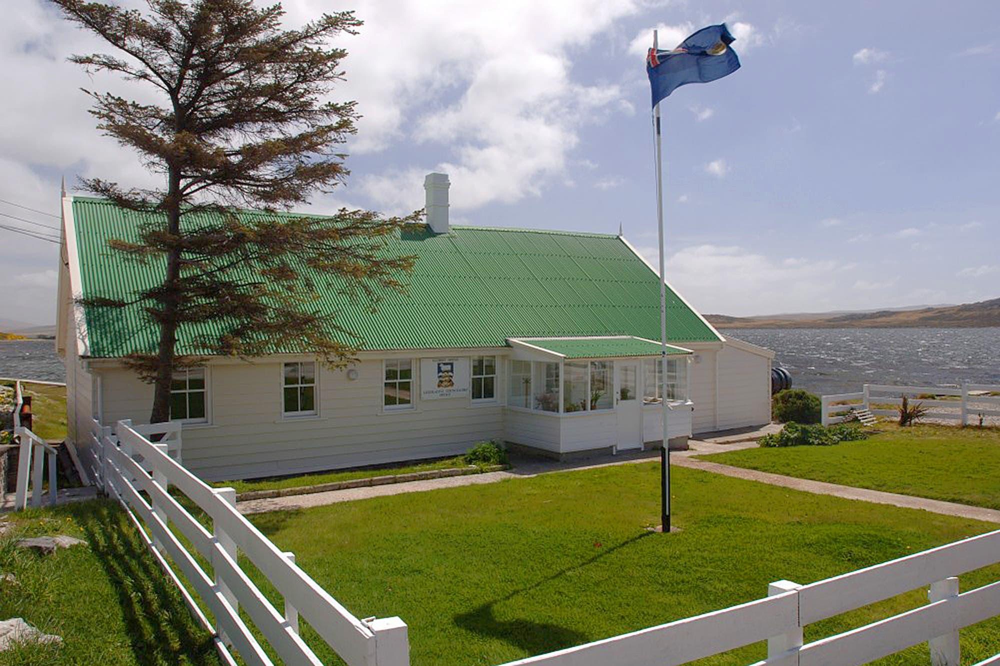 """Malvinas: los isleños apuestan a una """"relación normal de vecindad"""" con la Argentina"""