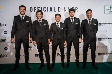 La presentación del equipo argentino en la cena oficial de la Copa Davis, con Leonardo Mayer, el capitán Gastón Gaudio, Diego Schwartzman, Guido Pella y Máximo González
