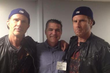 Chad Smith y Will Ferrell. El baterista de la banda Red Hot Chili Peppers encontró a su doble en el mundo de la comedia de Hollywood.
