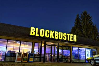 Hace más de un año que la sucursal de la localidad de Bend se convirtió en el último local de Blockbuster cuando cerraron sus puertas las tiendas de Alaska y la de Perth, Australia