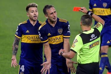 Izquierdoz vio la roja a pocos minutos del final del partido